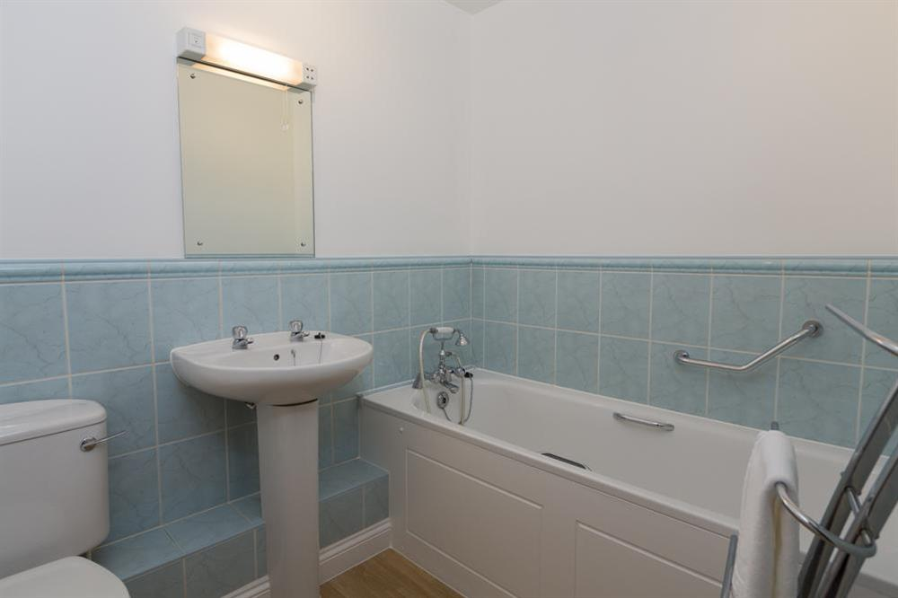 Family bathroom at Freshford in Mayors Avenue, Dartmouth