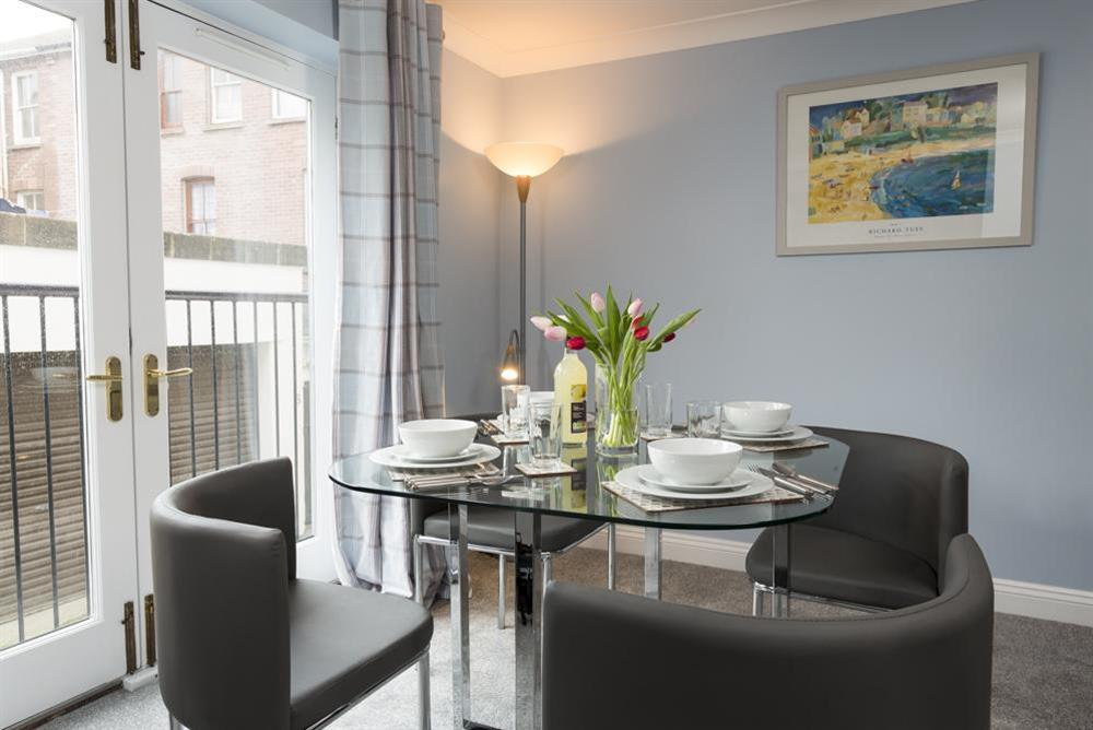 Open plan kitchen/dining area (photo 2) at Freshford in Mayors Avenue, Dartmouth