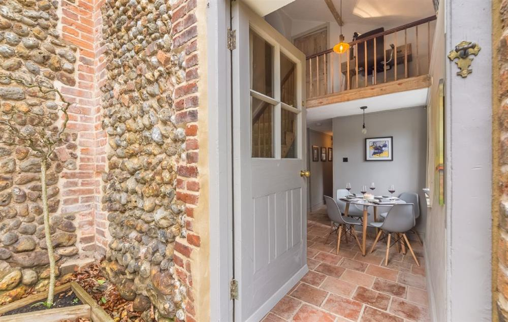 Enter into this luxury cottage with many original features