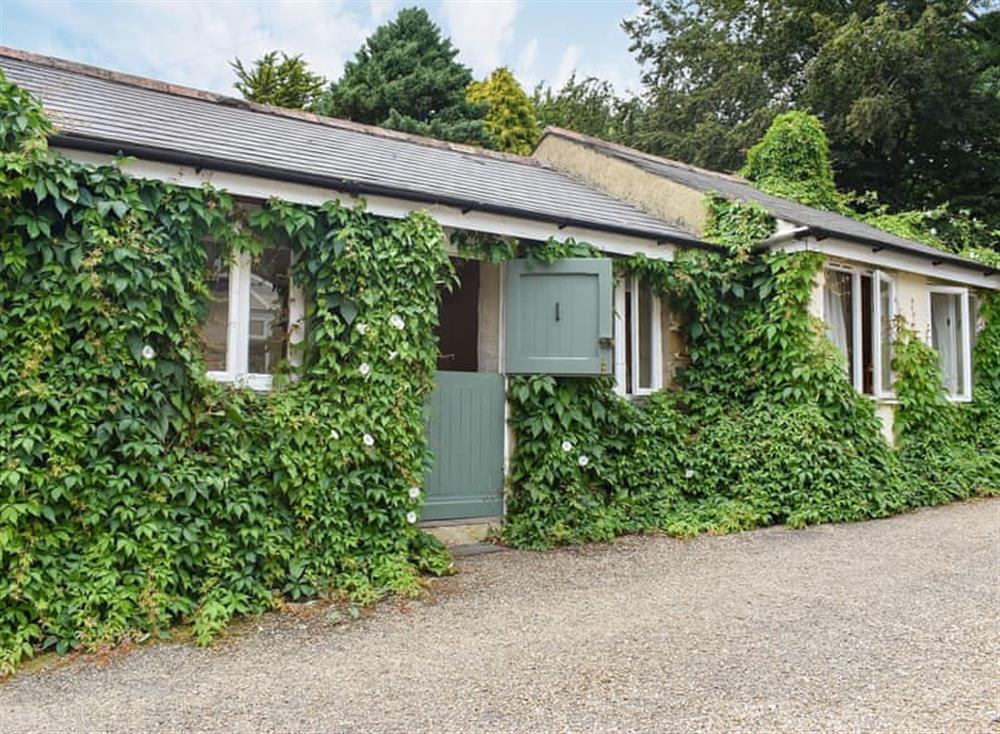 Relaxing holiday cottage (photo 2) at Garden Cottage in Hendham, near Kingsbridge, Devon