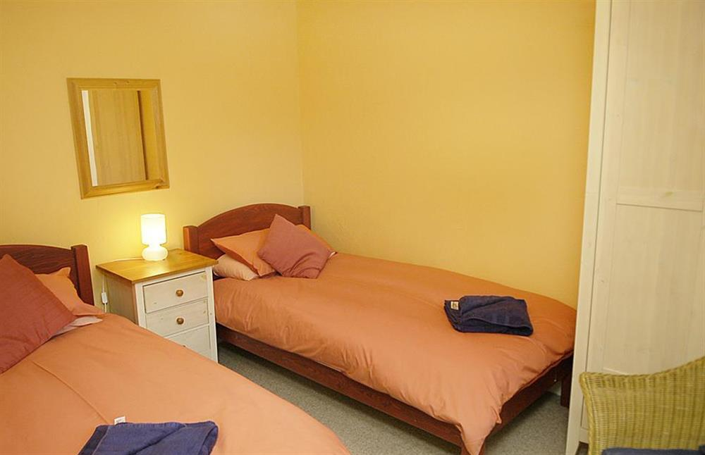 The twin bedroom at Gatehouse East, Modbury