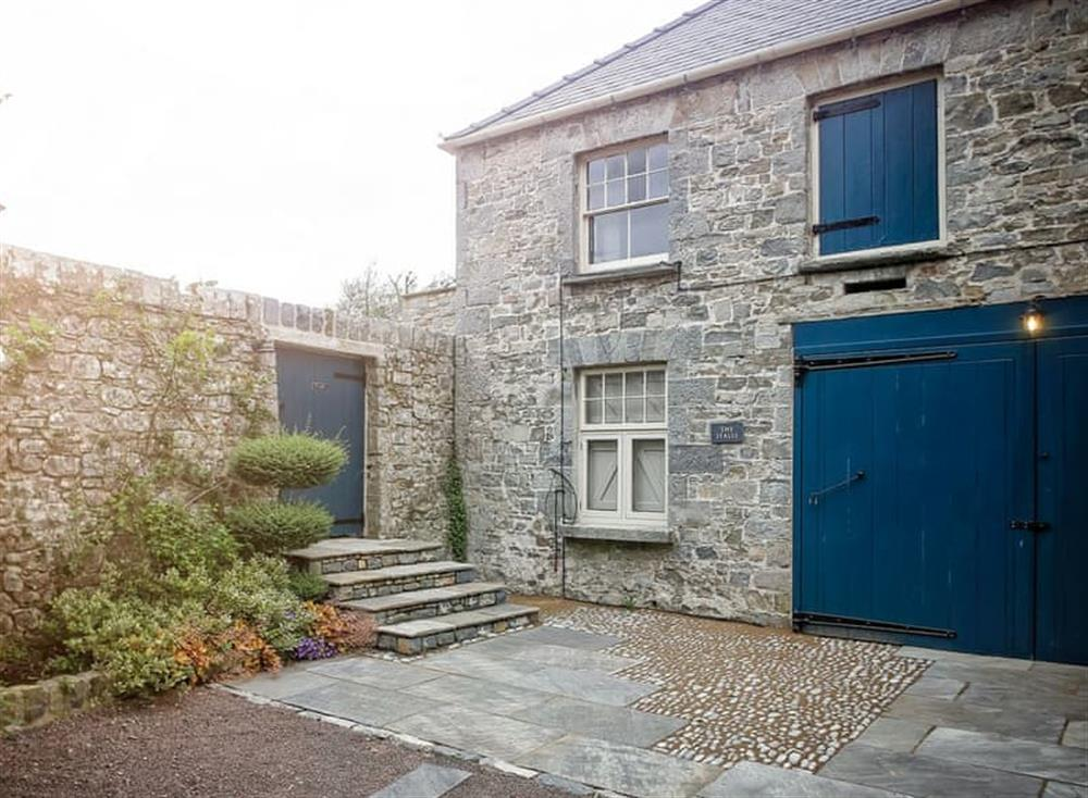 Attractive holiday homes (photo 3) at The Stables,