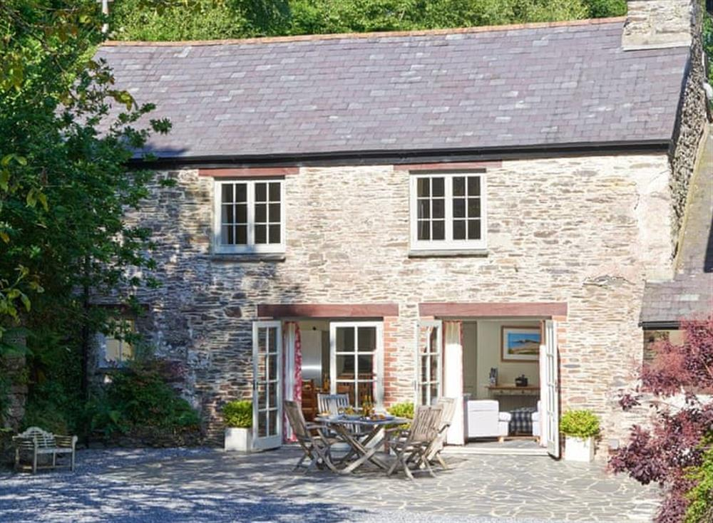 Delightful holiday home at Coach House,