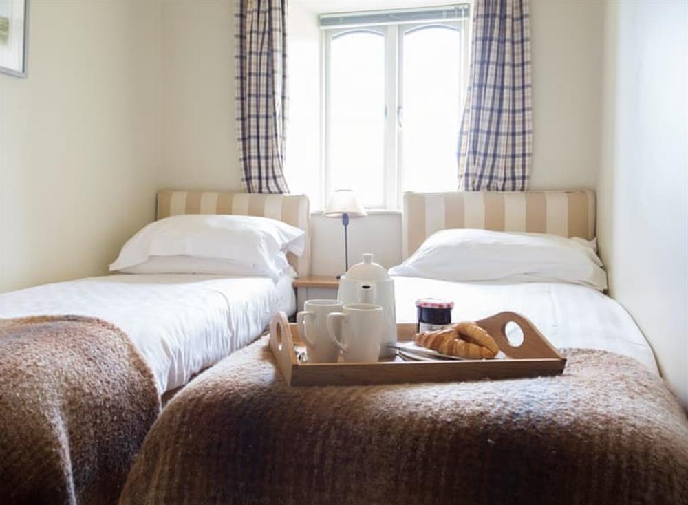Twin bedroom at Garden House,
