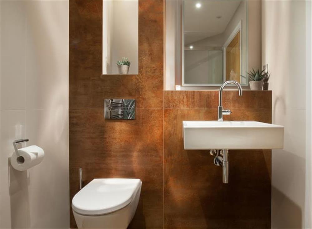 En-suite shower room at Gitcombe Retreat,