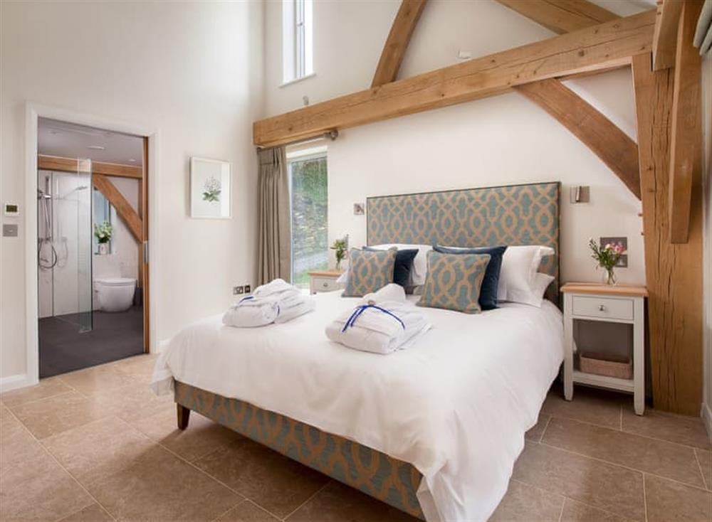 Magnificent en-suite double bedroom at Gitcombe Retreat,