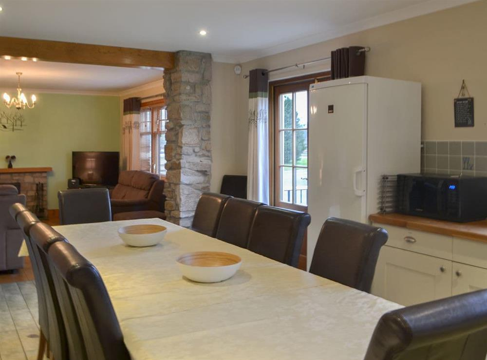 Lovely kitchen/diner with large family dining table at Glennoch House,