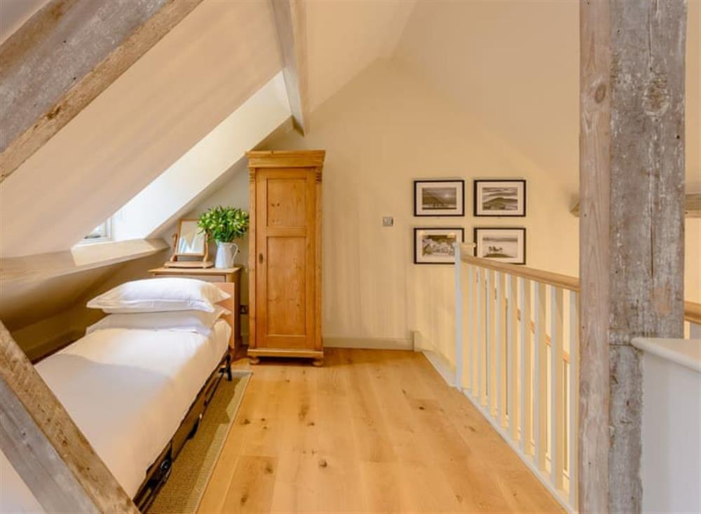 Single bedroom (photo 2) at Gold Hill Cottage in Shaftesbury, England