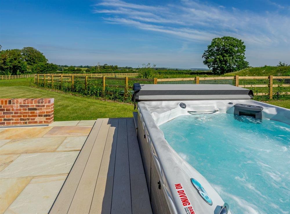 Hot tub at The Hayloft,
