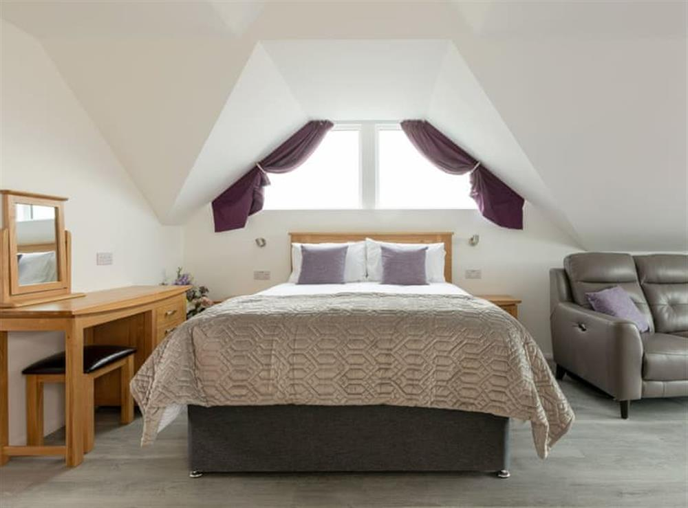 Attractive double bedroom at Grandview Dartmouth in Dartmouth, Devon