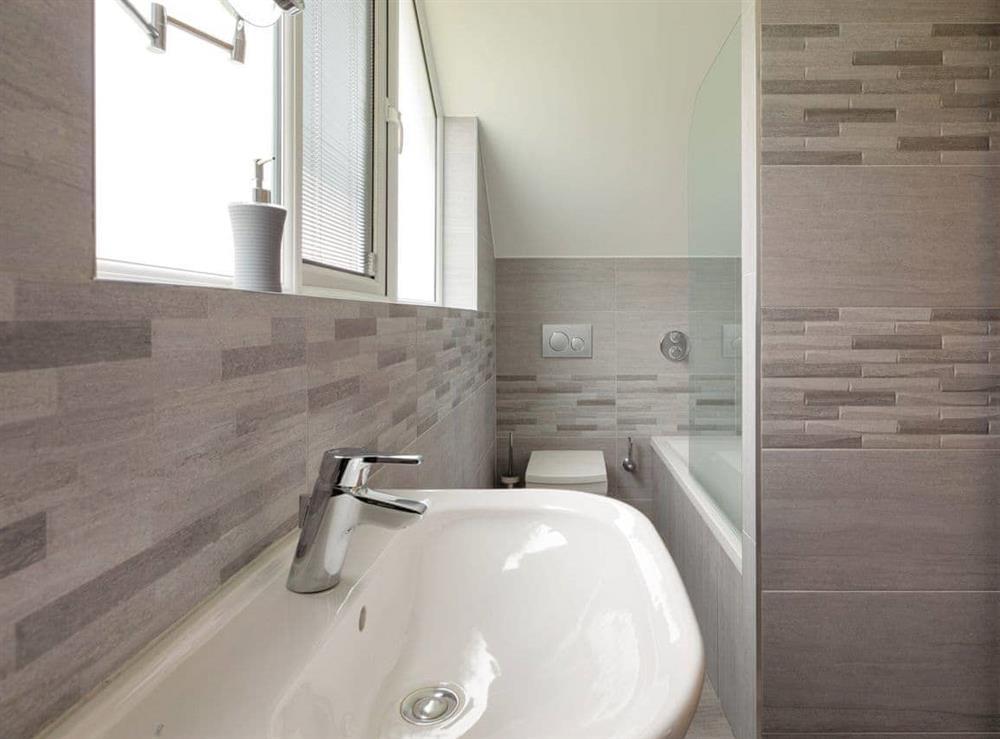 Bathroom with shower over bath at Grandview Dartmouth in Dartmouth, Devon
