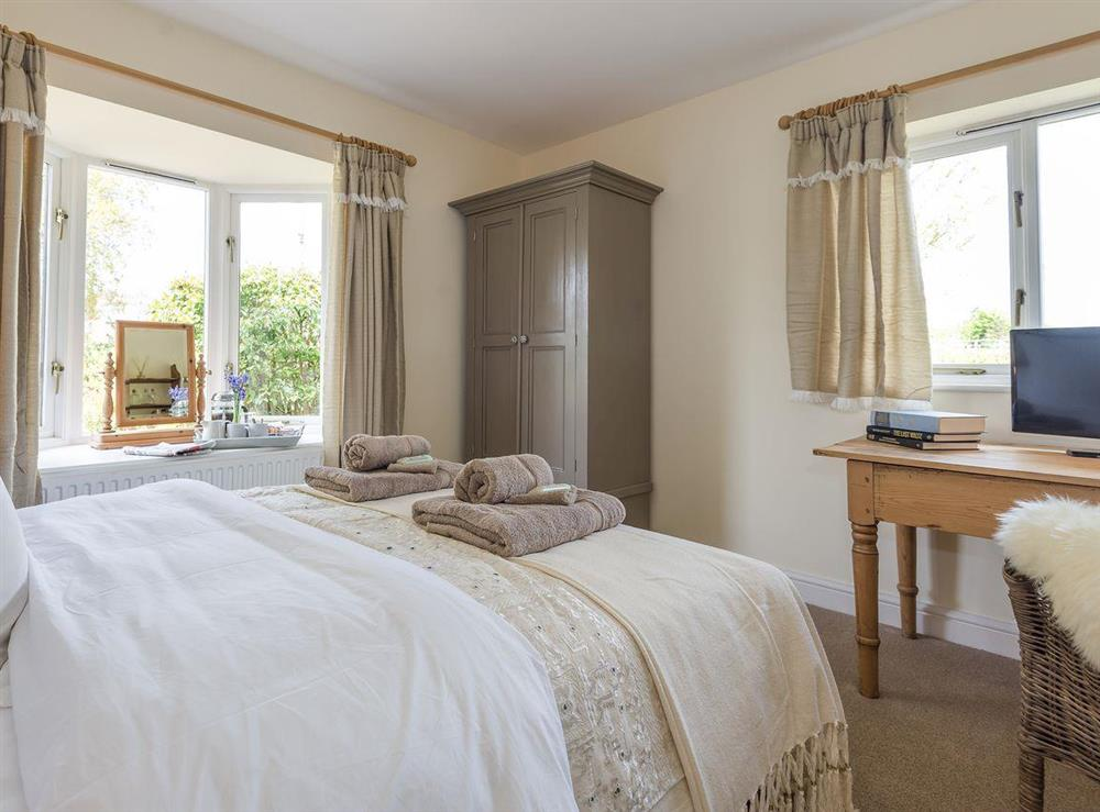 Cosy double bedroom at Grange Croft in Wymondham, near Oakham, Leicestershire, Norfolk
