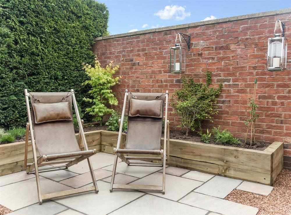 Relaxing patio area at Grange Croft in Wymondham, near Oakham, Leicestershire, Norfolk