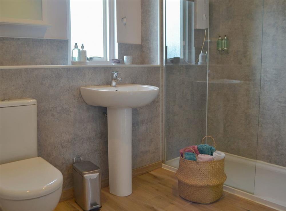 Bathroom at Grannys Cottage in Achnairn, near Lairg, Sutherland