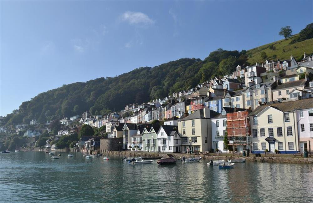 A glorious Dartmouth scene at Grants Cottage, Dartmouth