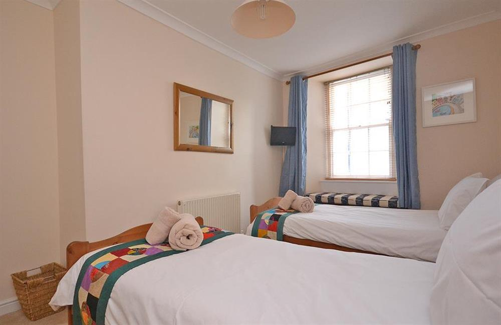Another view of the twin bedroom at Grants Cottage, Dartmouth