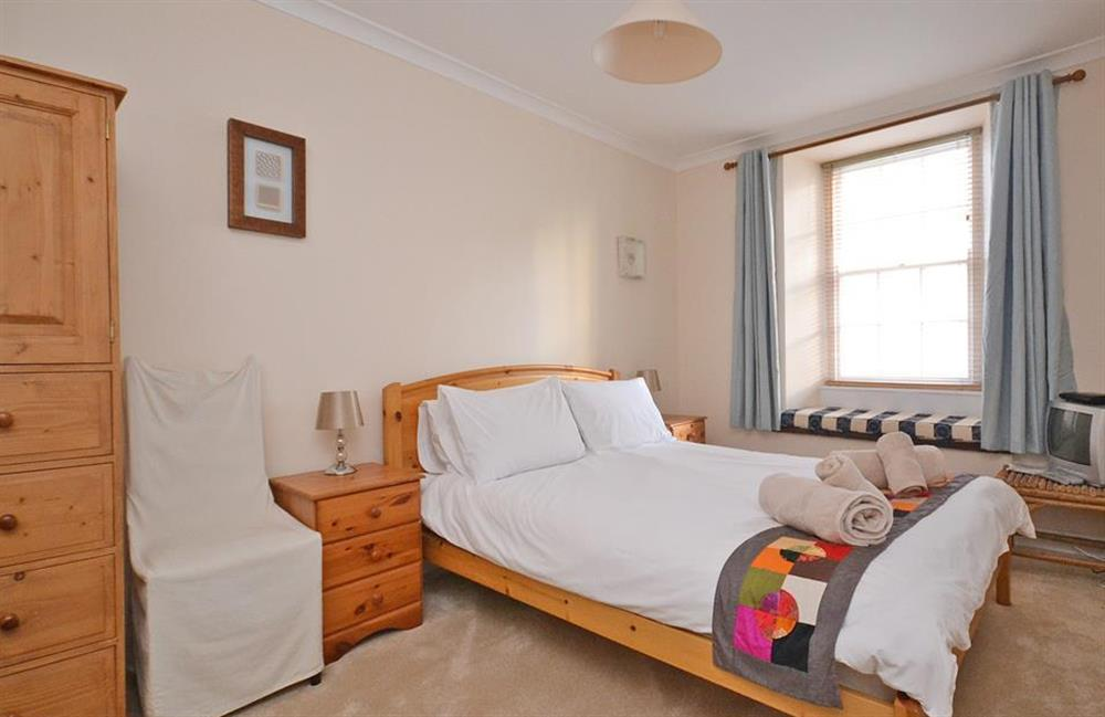 The first floor double bedroom at Grants Cottage, Dartmouth