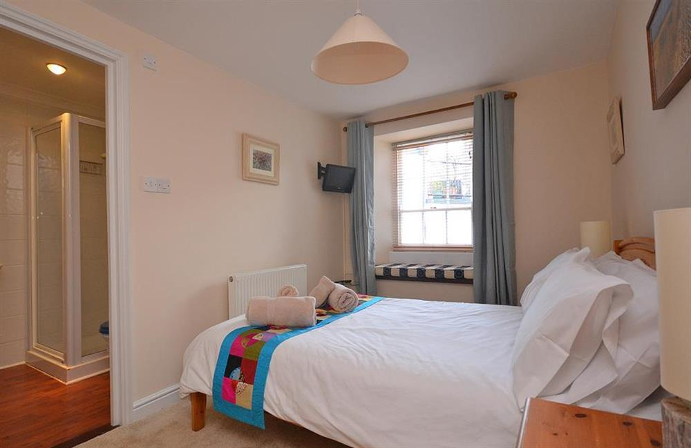The second floor double bedroom with en suite at Grants Cottage, Dartmouth