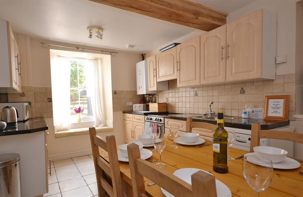 The well equipped dining kitchen at Grants Cottage, Dartmouth