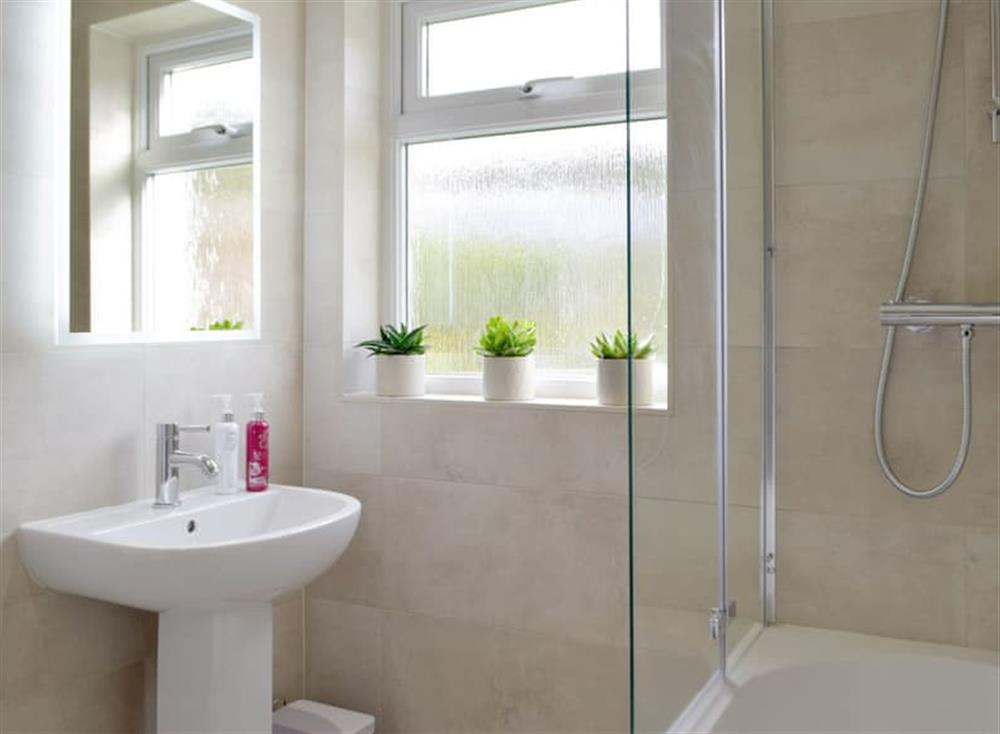 Family bathroom with shower over bath (photo 2) at Green Acres in St Dogmaels, near Cardigan, Cardigan, Dyfed