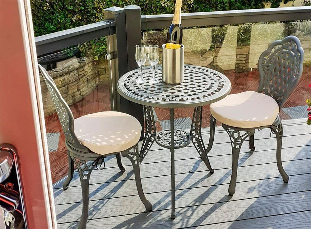Small, raised decked terrace at Green View in Churston Ferrers, near Brixham, Devon
