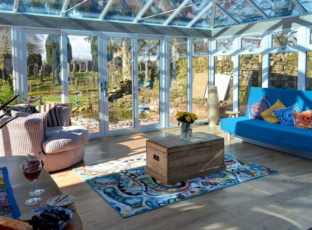 Large and bright conservatory