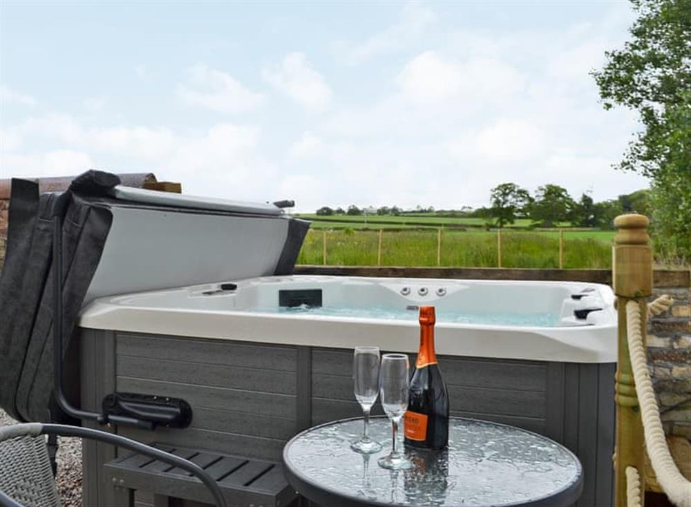 Soothing private hot tub at Grougar Croft in Moscow, near Galston, Ayrshire