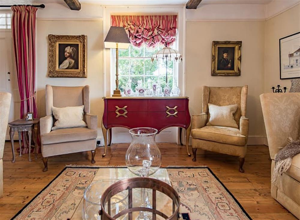 Attractive sitting room