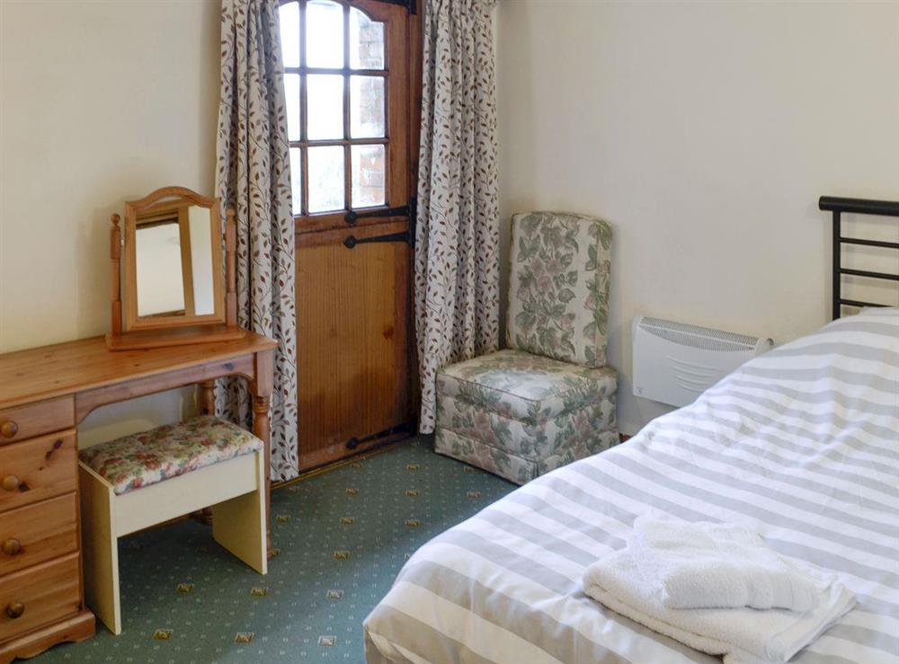 Comfortable twin bedroom at Bluebell,