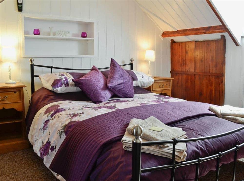 Double bedroom at Hafan in Llangwnadl, near Nefyn, Gwynedd