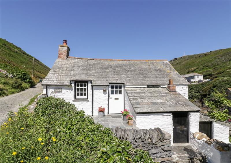 Outside Harbour Cottage
