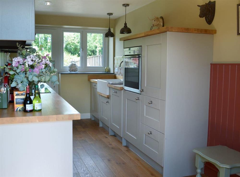 Spacious kitchen (photo 2) at Harvest Cottage in Harbertonford, near Totnes, Devon