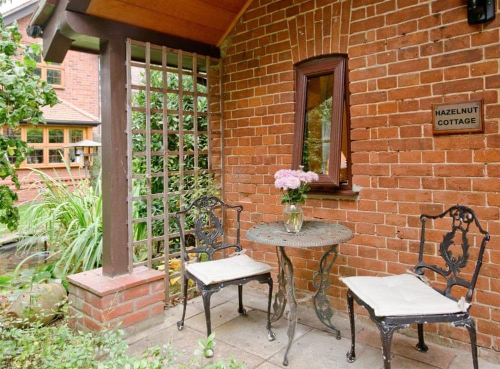 Sitting-out-area at Hazelnut Cottage in Bury St. Edmunds, Suffolk