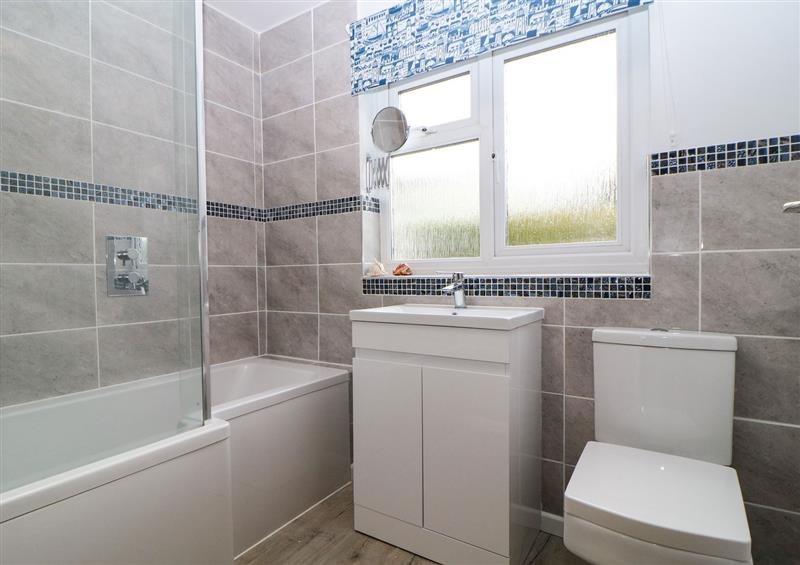 Bathroom (photo 2) at Hedgerow, Blackawton