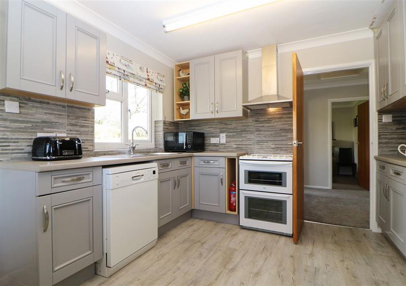 Kitchen (photo 3) at Hedgerow, Blackawton