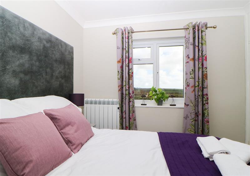 One of the bedrooms (photo 6) at Hedgerow, Blackawton