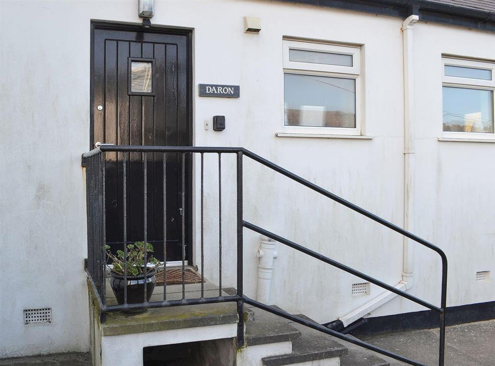 Whitewashed extension to a lovely seaside property at Daron,