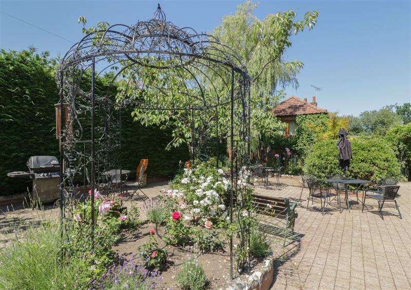 The garden at Heron Cottage, Wayford