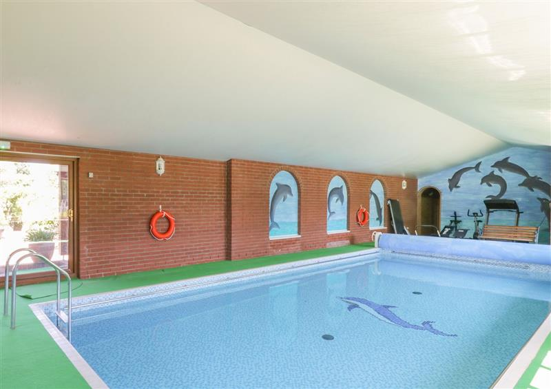 There is a pool at Heron Cottage, Wayford