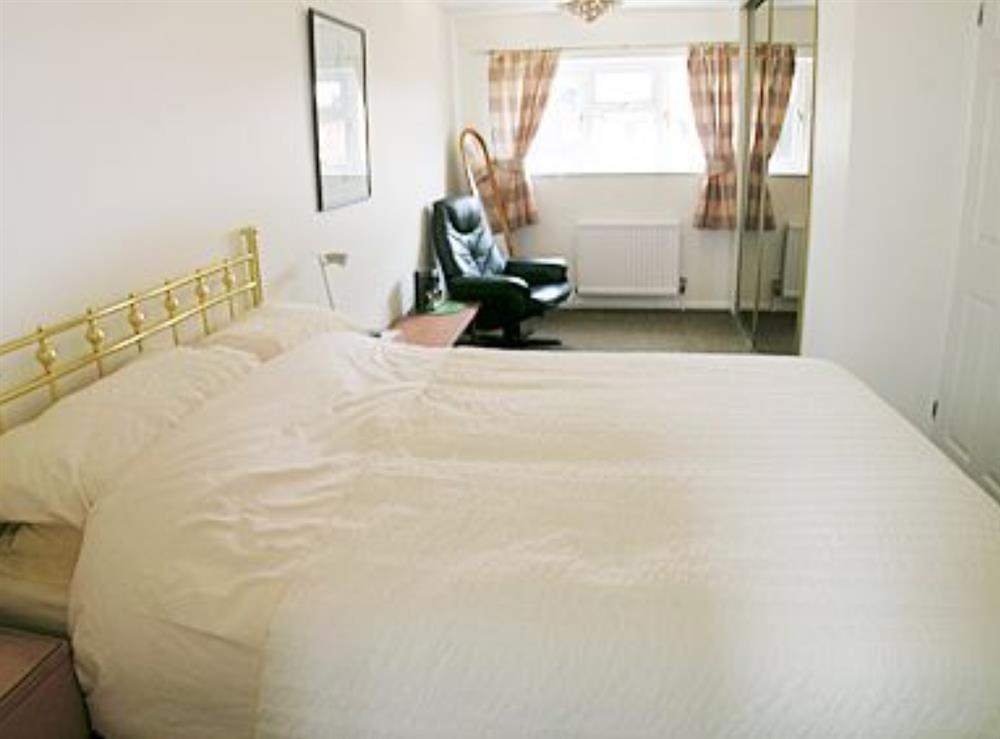 Double bedroom at Heron's Quay in Wroxham, Norfolk