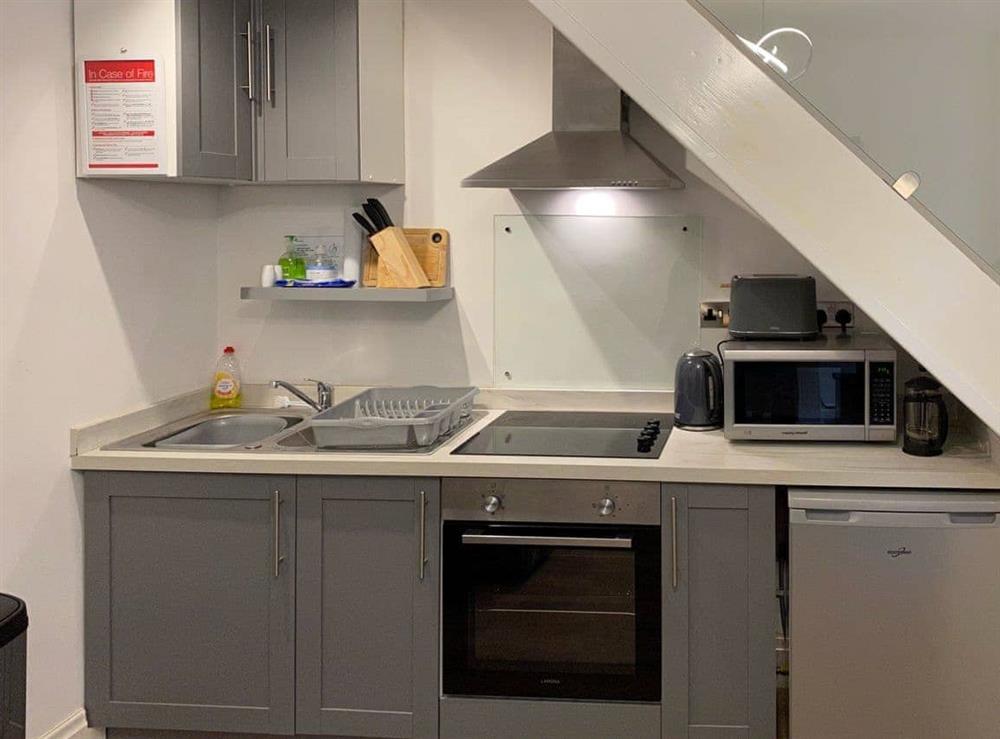 Quaint kitchen area at Hidden Gem Cottage in Driffield, North Humberside