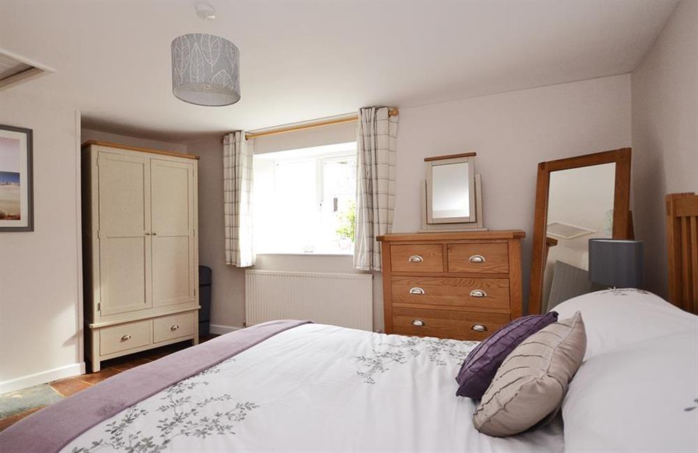 Another view of the double bedroom at Hideaway, Harbertonford