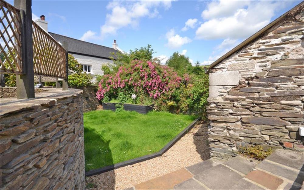 The enclosed sunny garden at Hideaway, Harbertonford