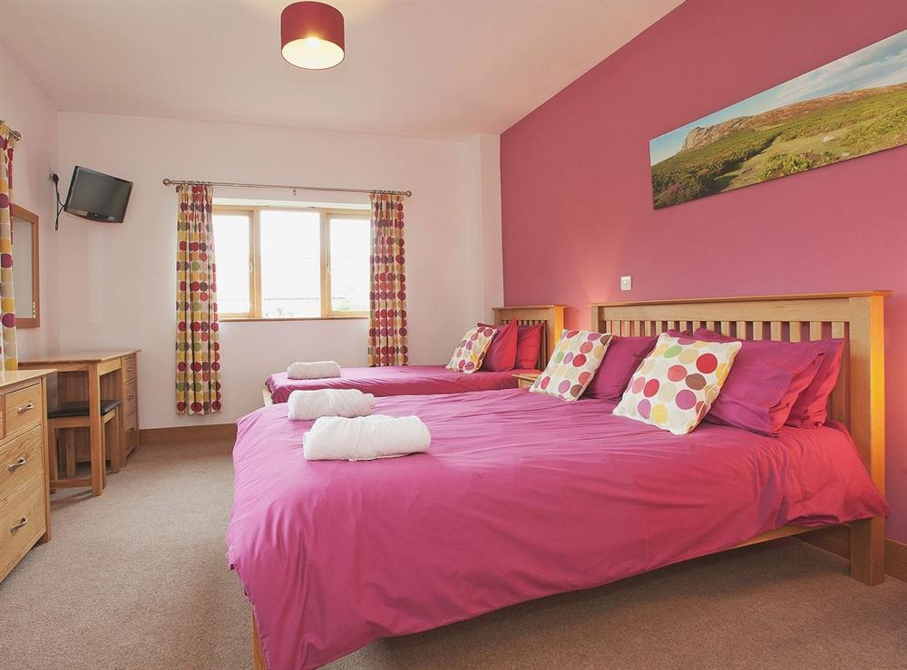 Twin bedroom at Wisteria House,