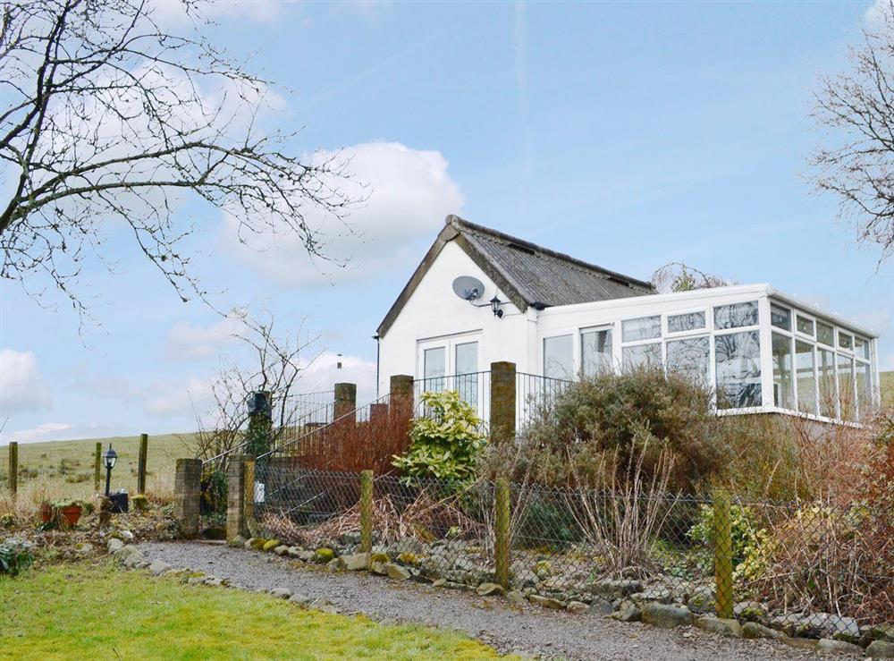 Light and comfortable detached holiday home at Hillend Guest Cottage in Moffat, Dumfriesshire