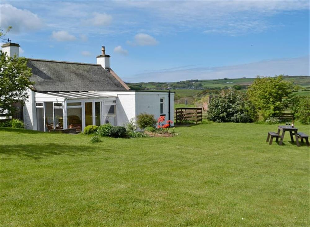 Perfect holiday hideaway at Hillhead Cottage in Leswalt, near Stranraer, Wigtownshire
