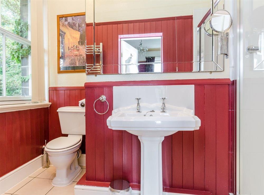 Bathroom (photo 2) at Holmefield House in Darley Dale, near Matlock, Derbyshire