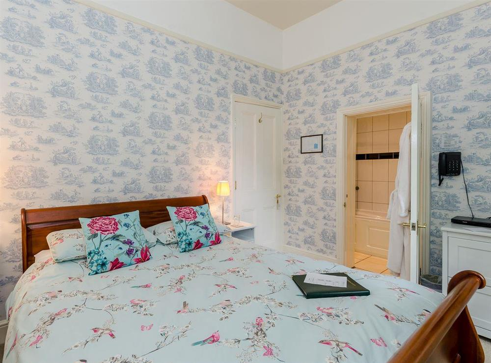 Double bedroom (photo 6) at Holmefield House in Darley Dale, near Matlock, Derbyshire