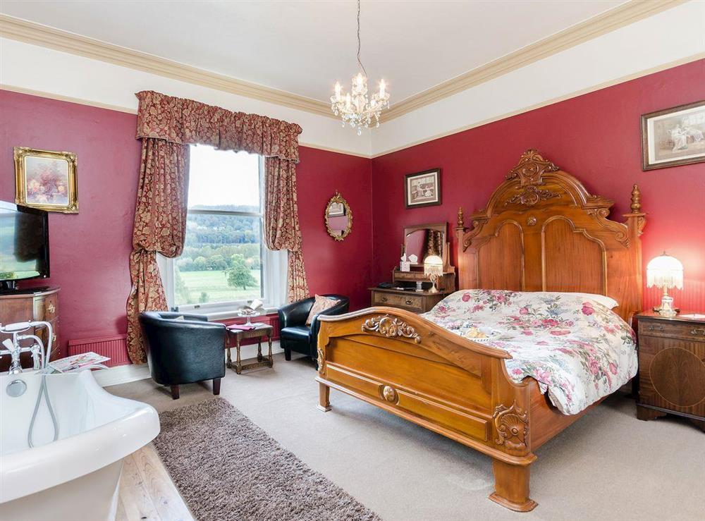 Double bedroom at Holmefield House in Darley Dale, near Matlock, Derbyshire