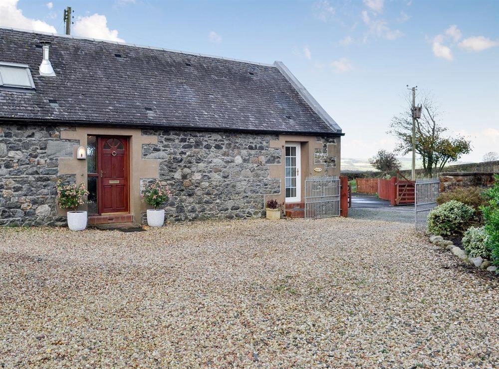Semi-detached courtyard cottage (photo 2) at Doon Cottage,